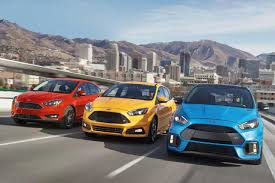 2018 ford focus sedan u0026 hatchback top design features ford com