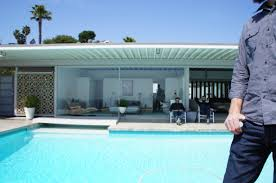 the matrix star keanu reeves hollywood hills house reeves3 haammss hollywood hills 200 words or less on friday i went to the stahl house with some home decor