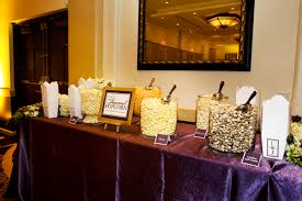 Garretts Popcorn Wedding Favors by Gourmet Popcorn Bar For Favors Angie Wedding Ideas