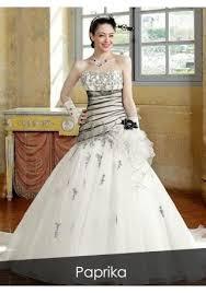 robe de mari e bicolore paprika créations robe de mariee bicolore en dentelle de tulle