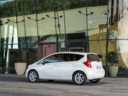 nissan juke green auto light flashing nissan note 2014 pictures information u0026 specs