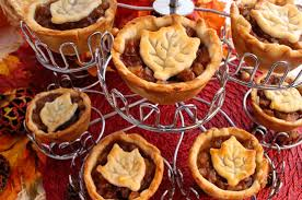 cinnamon apple mini pies two crafting