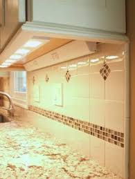 Kitchen Cabinet Outlets by Ugly Cabinets No More Traditional Kitchen Cabinets