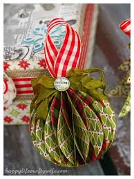 decorate your tree with beautiful diy paper ornaments