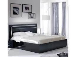 chambre a coucher adulte noir laqué lit city laque noir chambre à coucher