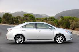 lexus hs 250h features lexus prices the new 2010 lexus hs250h at 34 200