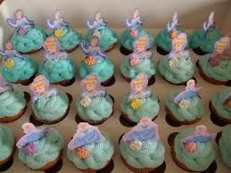 cinderella cupcakes 13 best princess cupcakes images on cinderella
