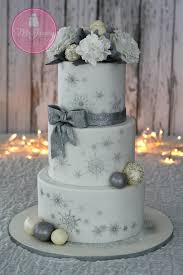 wedding cakes with bling a bling bling winter wedding cake mcgreevy cakes