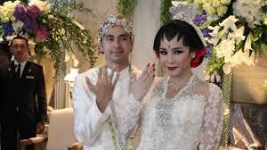 wedding dress nagita slavina ketika raffi ahmad uji kesabaran nagita slavina viva