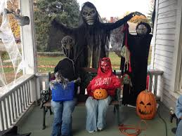 spirit halloween store birmingham alabama photos how quad citians celebrate halloween wqad com