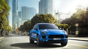 Porsche Macan Facelift - meet the porsche macan official details and photos from la