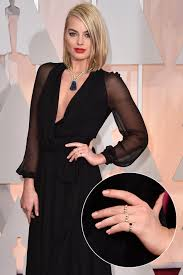 margot robbie nude oscars 2015 nails pret a reporter