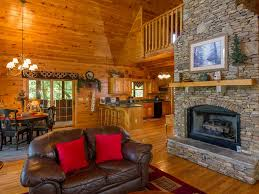 spacious log cabin pool tub free homeaway pigeon forge