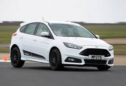 ford focus st 3 ford focus st 1 st 2 and st 3 what s the difference carwow