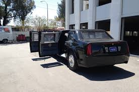 Audi Q7 Limo - driving the cadillac presidential limo from
