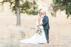 wedding venues in bakersfield ca vannesa sergio married bakersfield california wedding
