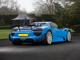 porsche 918 acid green world u0027s only arrow blue porsche 918 spyder heads to auction gtspirit
