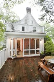 Split Level Front Porch Designs by Best 25 Enclosed Front Porches Ideas On Pinterest Sunroom
