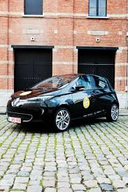 renault nissan cars renault zoe r240 vab family car of the year 2016 in the electric