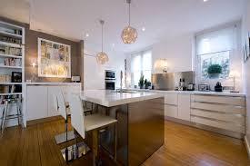 cuisine ouverte sur salon surface amenager petit salon avec cuisine ouverte dco cuisine m