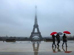 eifel tower the eiffel tower could be painted red again artnet news