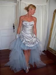 robes de mari e bordeaux créatrice de robes de mariée dos nu près du corps bordeaux