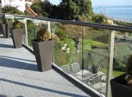 Modern Banisters Uk Tailor Made Glass Balustrades From Modern Glass