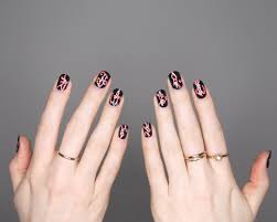 candy cane nails notd julia puolitaival