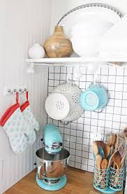 Small Kitchen Organizing - quick kitchen organizing ideas