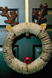 Live Decorated Christmas Wreaths by Diy Christmas Wreath Ideas Spaceships And Laser Beams