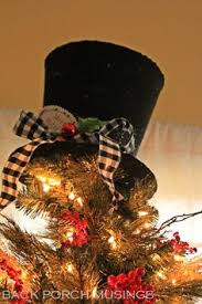 mini top hat free pattern and tutorial tree toppers holidays and easy
