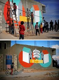 how to write your name in graffiti letters on paper a street artist comes of age 99u at the zaatari refugee camp sanchez asked locals to join him in creating this mi casa es tu casa piece on a concrete wall