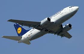 flight from houston makes emergency landing at jfk airport