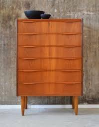 design kommoden vare 3824191 dansk møbelproducent høj kommode af teak nøgle