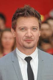 jeremy renner hairstyle the faux hawk hairstyle
