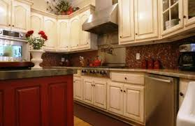 kitchen cabinets wood colors what paint color goes with light oak