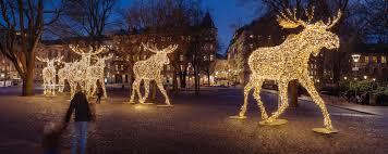 Christmas Lights Installation Toronto by Professional Christmas Lighting Mk Illumination
