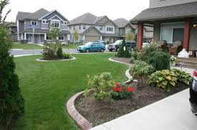 Beautiful Front Yard Landscaping - front yard landscaping ideas showing green grass yard with green