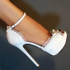 wedding shoes tips guide to buying wedding shoes tips on choosing wedding shoes