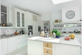 deco cuisine classique white kitchen cuisine classique blanche kitchen