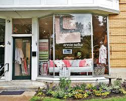 Lenox Home Decor Retail And Repose Annie Selke Launches Retail Shop And Inn In