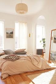 best 25 warm bedroom ideas on pinterest beds master bedroom