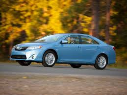 2011 toyota camry le gas mileage 10 family cars with the best gas mileage autobytel com