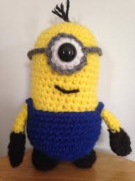 craftdrawer crafts free crochet despicable minion pillow