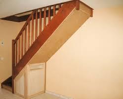escalier bois design superior habillage sous escalier bois 7 design du0027intérieur