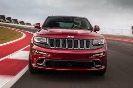 jeep srt 2014 feature flick 2014 jeep grand cherokee srt is a no compromise machine