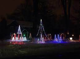 christmas light display to music near me musical christmas light display in cleveland heights tips from town