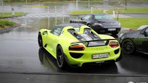 Porsche 918 Yellow - porsche 918 spyder spotted with weissach package and lime green