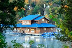 table rock lake vacation rentals table rock lake cabins log cabins on table rock lake in branson mo