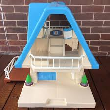 Little Tikes Barbie Dollhouse Furniture by Little Tikes Doll House Blue Roof 1989 People Furniture Ebay